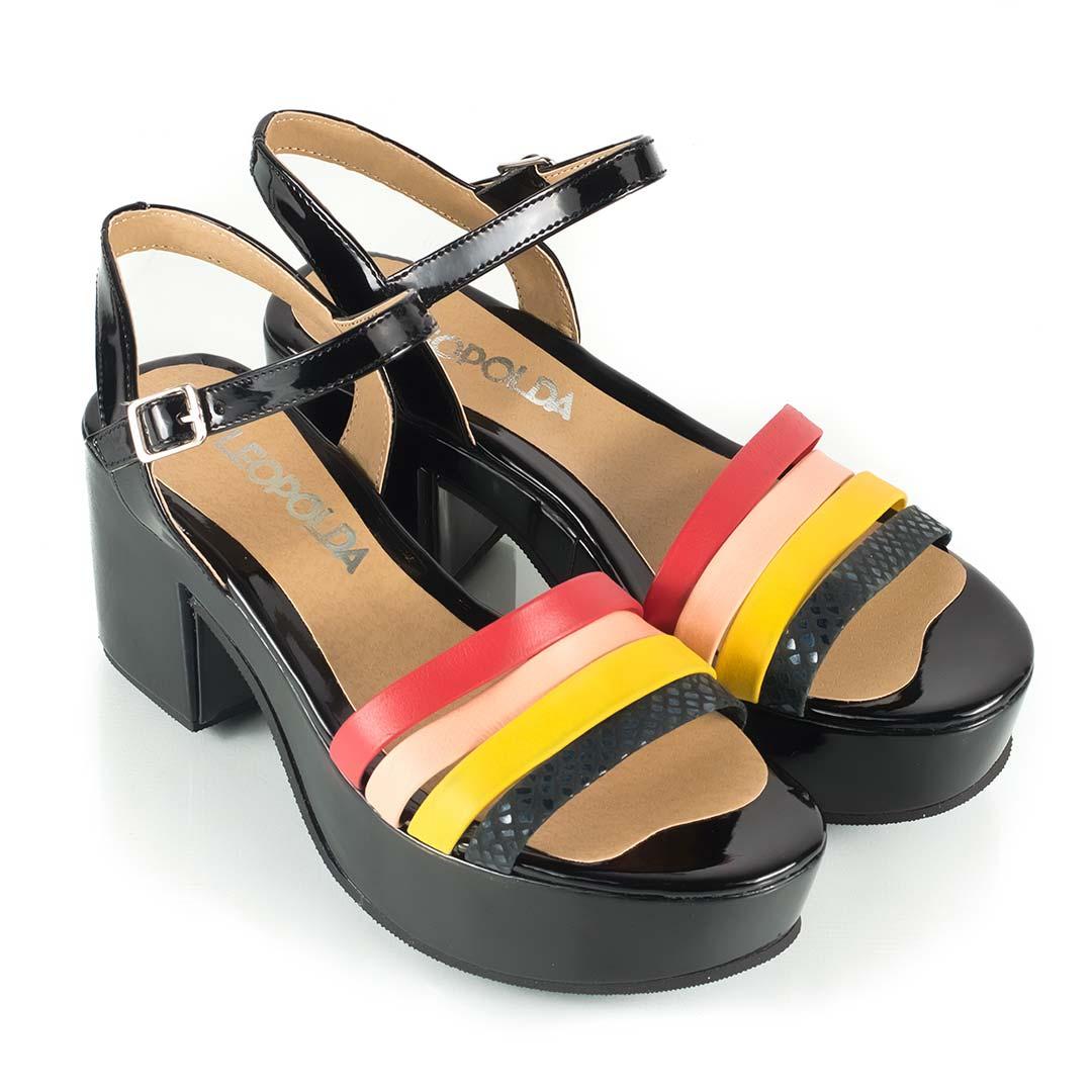 05d9d10c84290 Sandalias-plataforma-negras-tiras-colores-Floki - La Leopolda