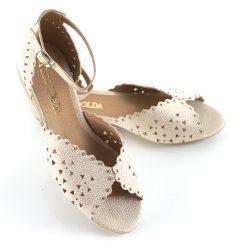 sandalias bajas de mujer de cuero calado metalizado color platino