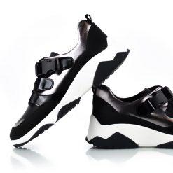 zapatillas de diseño original para mujer en cuero metalizado peltre y negro con elasticos