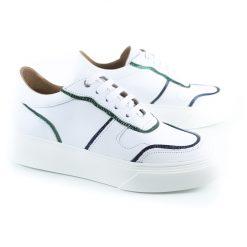 zapatillas urbanas de mujer en cuero blanco con detalles metalizados y suela antideslizante