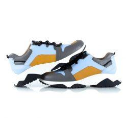 zapatillas urbanas de mujer a la moda en mix de cueros celeste, gris y mostaza