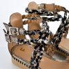 sandalias bajitas en cuero metalizado