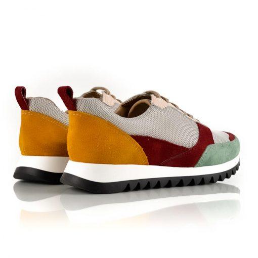 zapatillas urbanas de mujer con recortes de cuero y diseño original con suela antideslizante