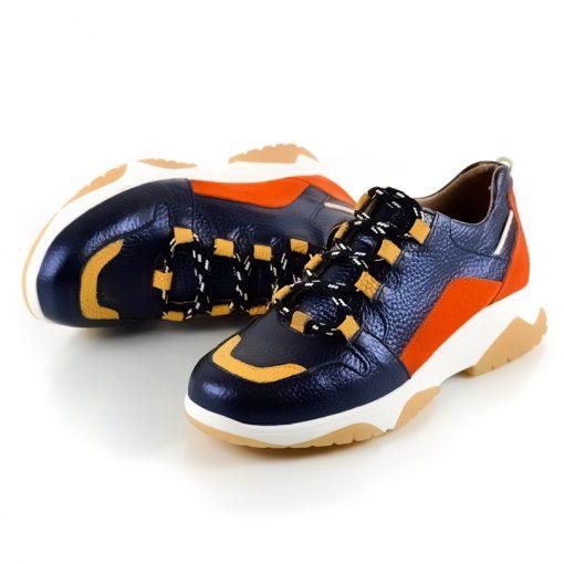 zapatillas de mujer en cuero azul tendencia