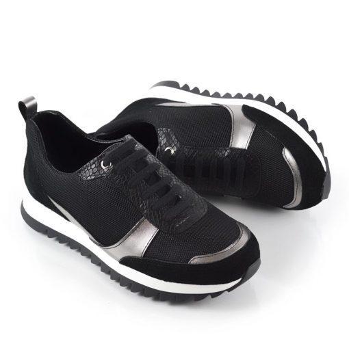 zapatillas negras de mujer con detalle de cuero metalizado color peltre y cuero textura reptil a la moda