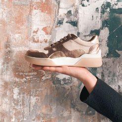zapatillas urbanas y de vestir para mujer en cuero metalizado de moda
