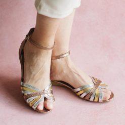 kiku sandalias de mujer chatitas de diseño en cuero metalizado